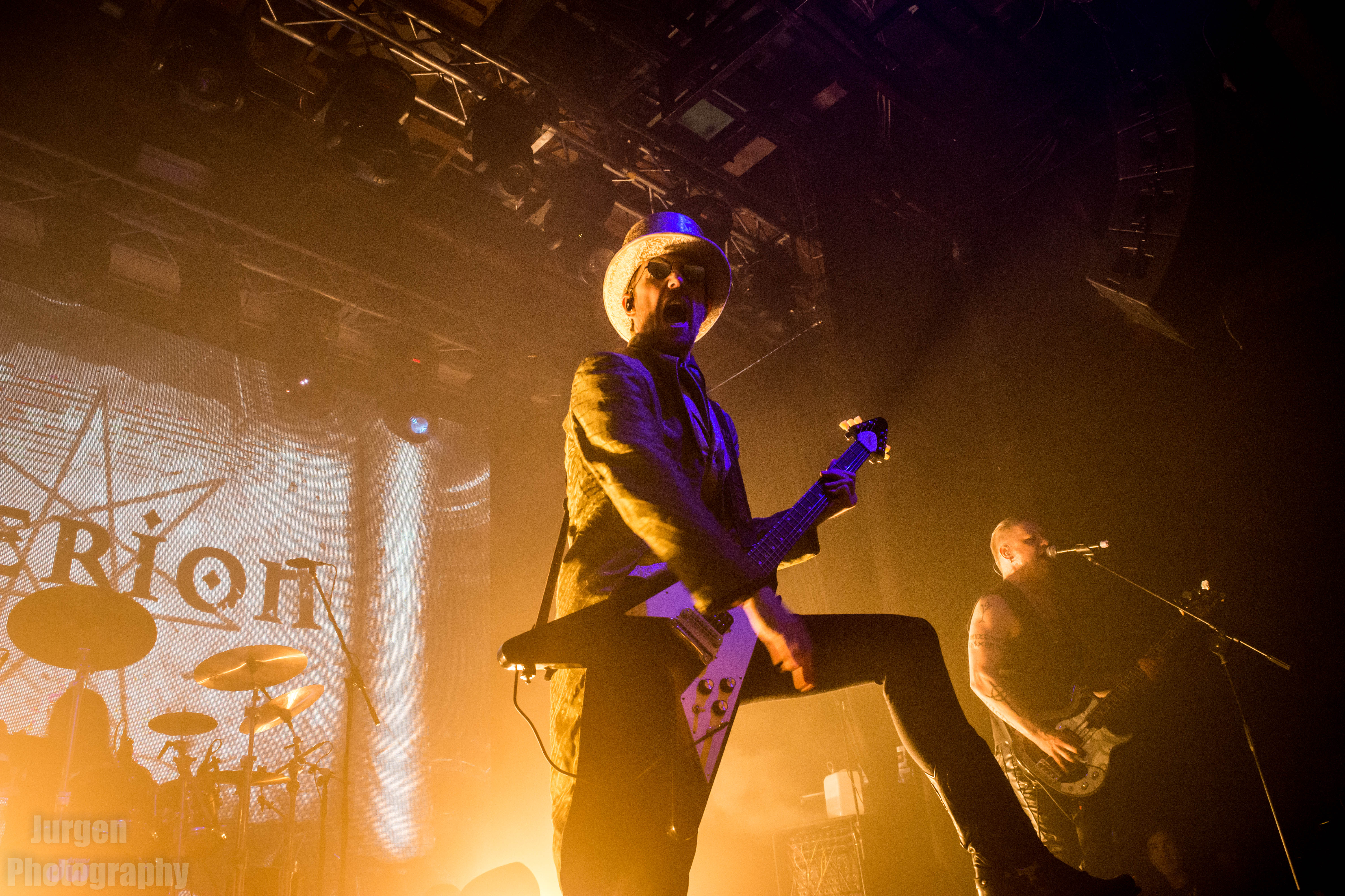 Therion-2